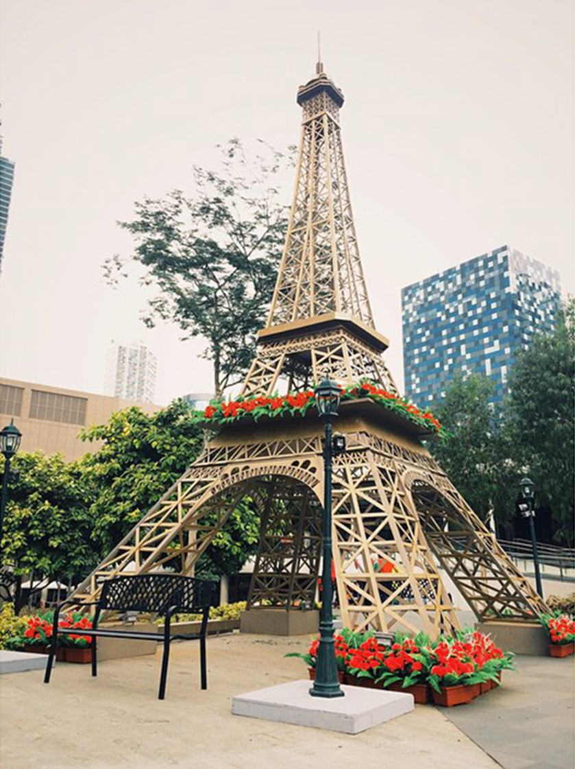 Eiffel Tower by Madison Events Inc.